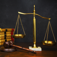 Die aktuelle Rechtssprechung stellt klar ein steuerlicher Verlust durch die Ausbuchung wertloser Aktien kann angesetzt werden
