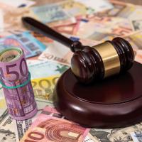 Geldwerte Vorteile - Richter Urteil zu einem Sachbezug als Jahresbeitrag