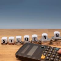 <b>Schenkungsteuer</b> auf fiktive Zinsen aus unverzinslichen Darlehen